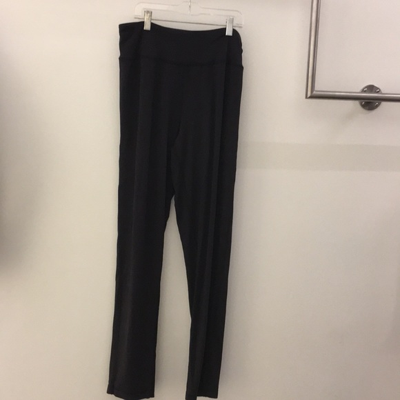 lululemon athletica Pants - Lululemon black soft pant w/ pockets sz 12 64470